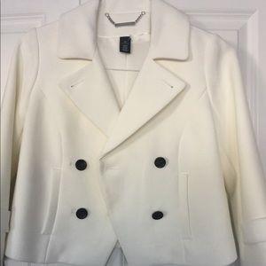 White house Black market white cropped blazer